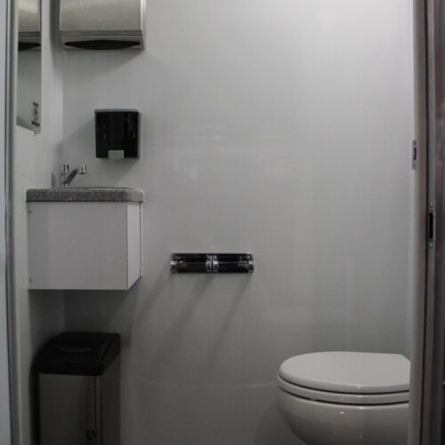 Non Ada Bathroom easy access ada compliant 3 station trailer - viptogo