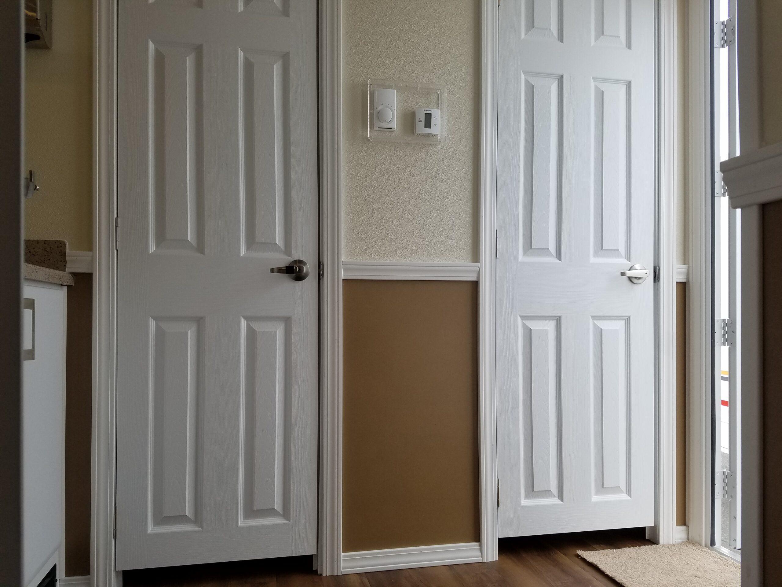 Eight station vegas doors